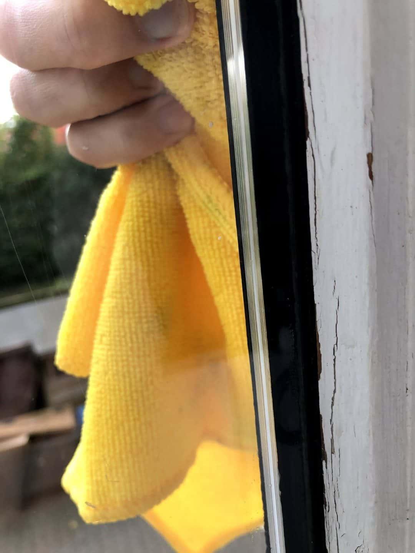 Comment éviter les marques de pluie sur les fenêtres?